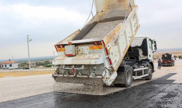 Meram'da altyapı ve asfalt çalışmaları tam gaz